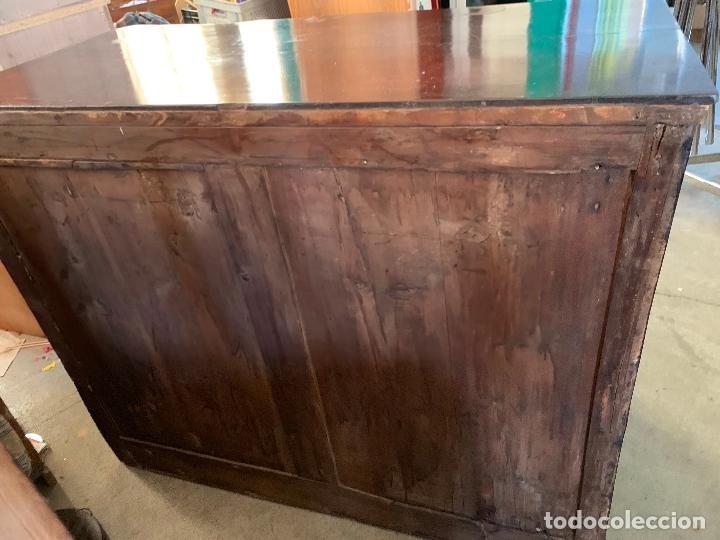 Antigüedades: Preciosa cómoda antigua con marqueteria de boj. Ver descripcion y medidas - Foto 25 - 181018198