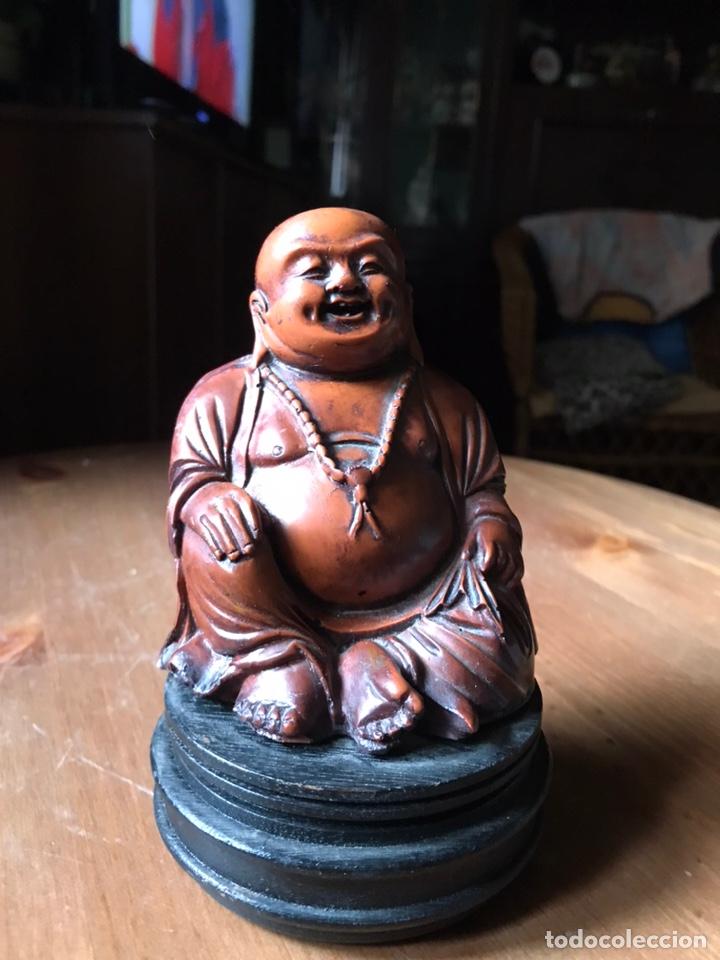 Antigüedades: Buda Feliz, gordo, con peana de madera, vintage. - Foto 2 - 181021755