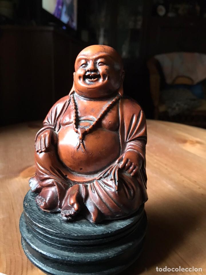Antigüedades: Buda Feliz, gordo, con peana de madera, vintage. - Foto 3 - 181021755