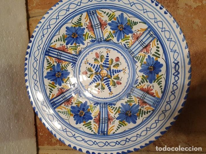 Antigüedades: PLATO CERAMICA FIRMADO 30 CM - Foto 2 - 181098426