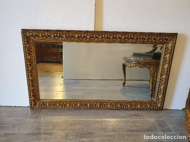 ESPEJO VISELADO DE MADERA (Antigüedades - Muebles Antiguos - Espejos Antiguos)