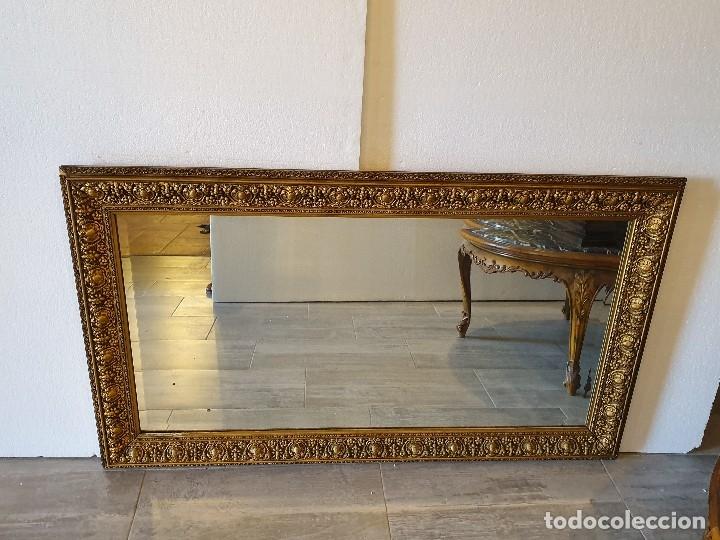 Antigüedades: ESPEJO VISELADO DE MADERA - Foto 2 - 181099873