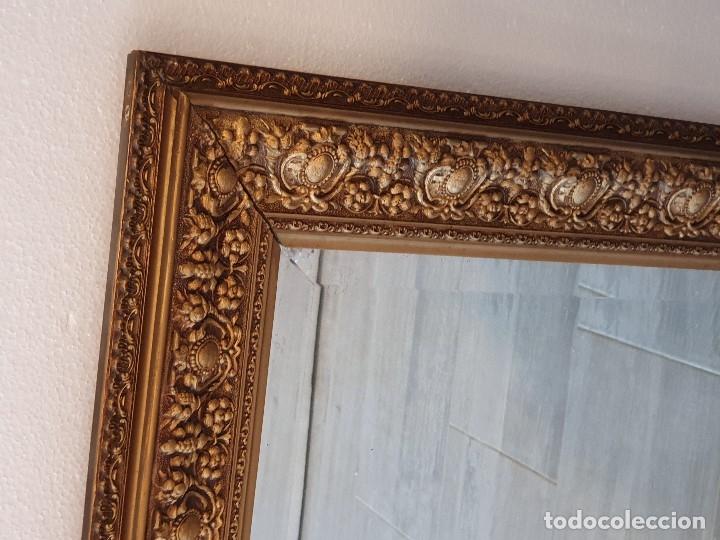 Antigüedades: ESPEJO VISELADO DE MADERA - Foto 3 - 181099873