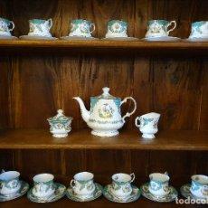 Antigüedades: JUEGO DE CAFE PORCELANA 15 PIEZAS QUEEN´S FINE BONE CHINA NUMERADAS. Lote 181100167