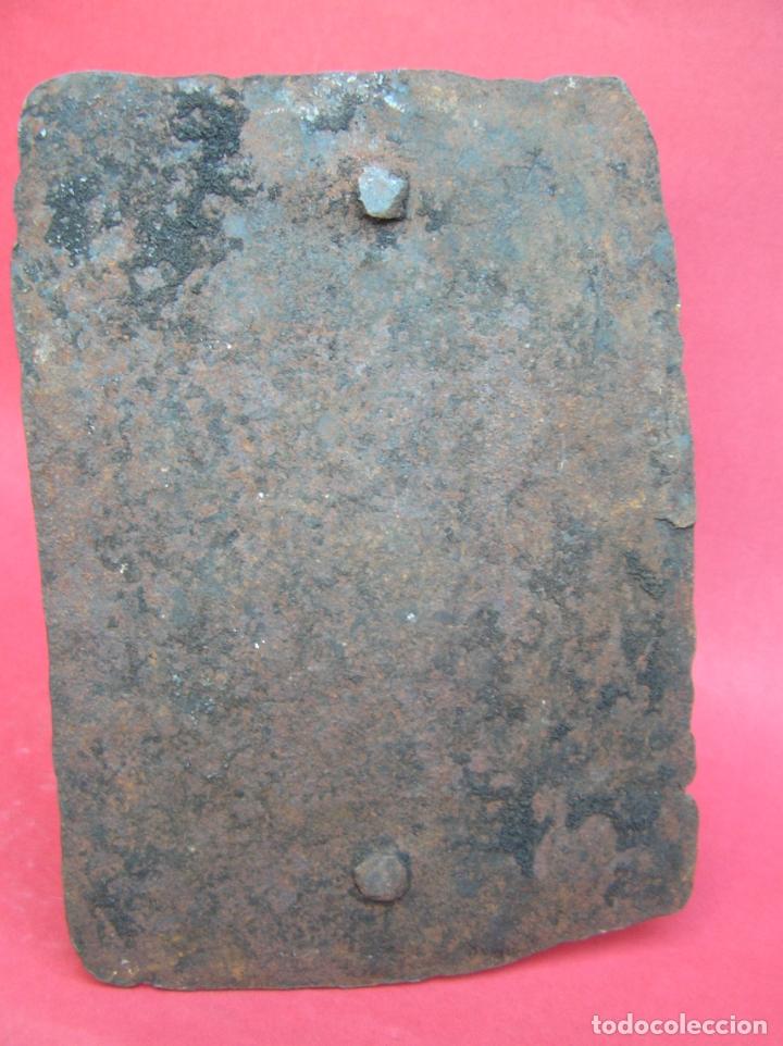 Antigüedades: TEDERO de hierro forjado del siglo XVIII O XIX. - Foto 7 - 181115480