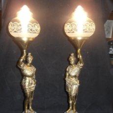 Antigüedades: 2 LAMPARAS DE MESA CON FIGURA DE GUERRERO. Lote 180279380