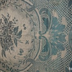 Antigüedades: COLCHA HECHA DE SEDA. Lote 181143951