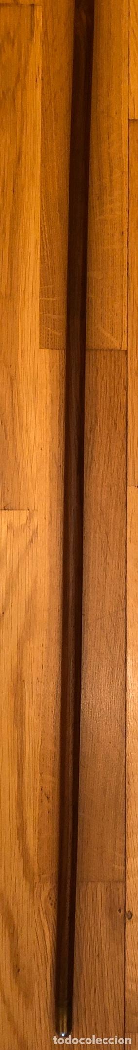 Antigüedades: Magnífico bastón de paseo, con puño de marfil, de talla europea, y vástago en madera de chicaranda. - Foto 7 - 181182112