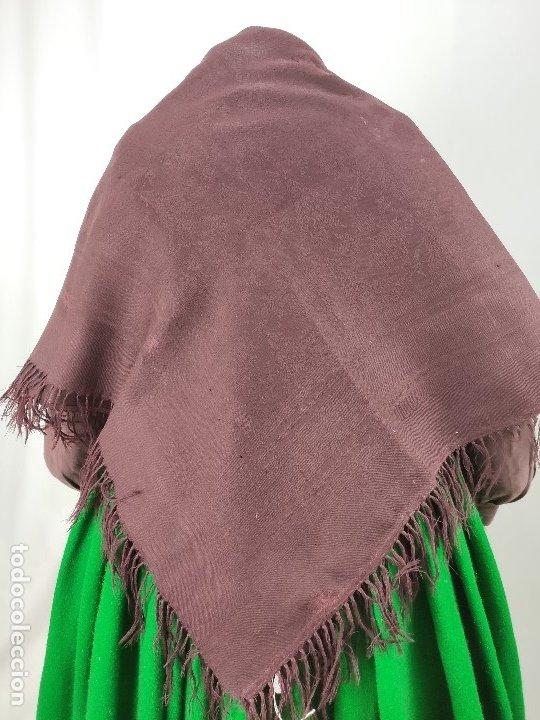 Antigüedades: Antiguo mantón de merino color vinagre - Foto 2 - 181335000