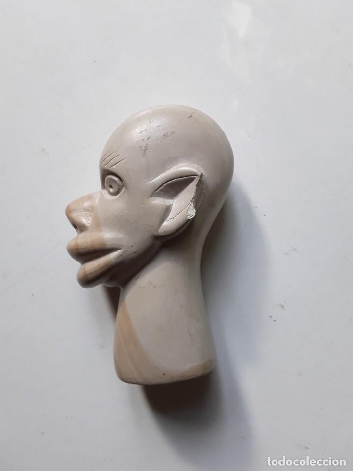 Antigüedades: Cabeza de hombre con rasgos africanos u orientales. En piedra. 10.5 cm x 7.5 cm x 3.6 cm aprox - Foto 4 - 181340173