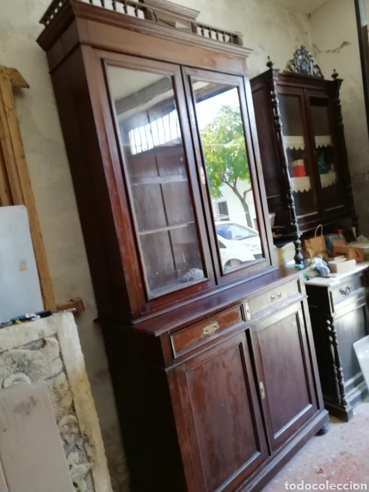 Antigüedades: Mueble vitrina del siglo xix - Foto 2 - 181352273