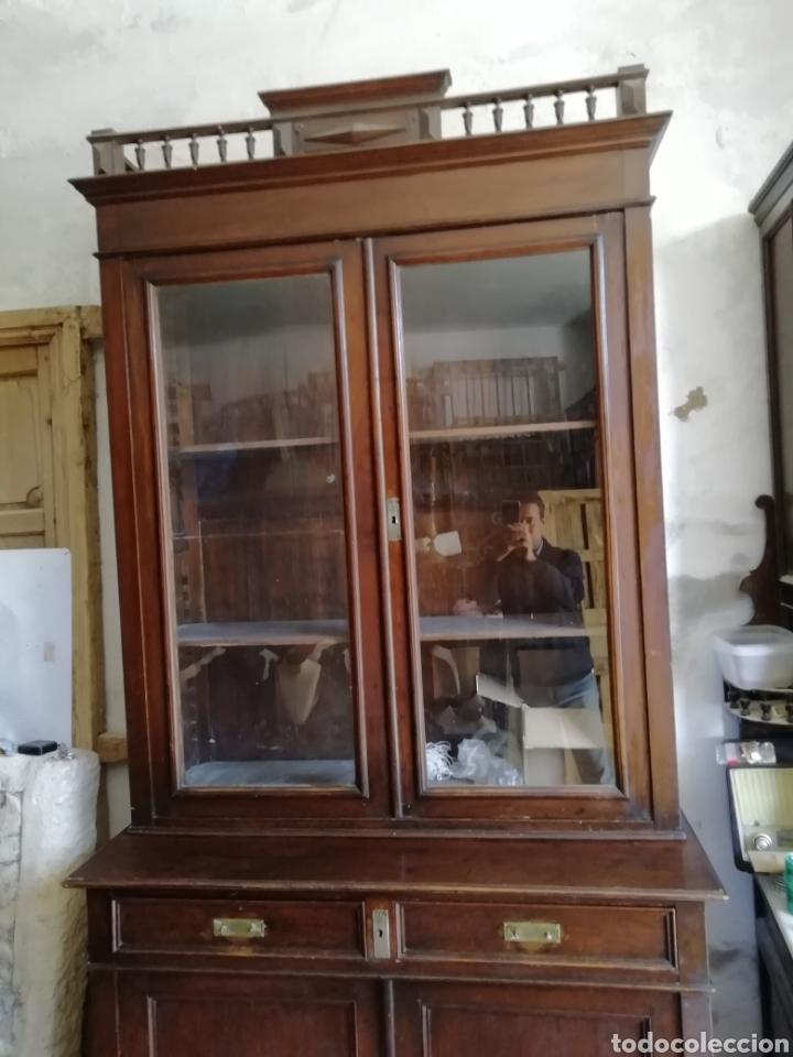 Antigüedades: Mueble vitrina del siglo xix - Foto 4 - 181352273