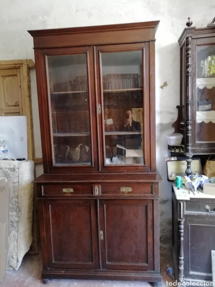 Antigüedades: Mueble vitrina del siglo xix - Foto 10 - 181352273
