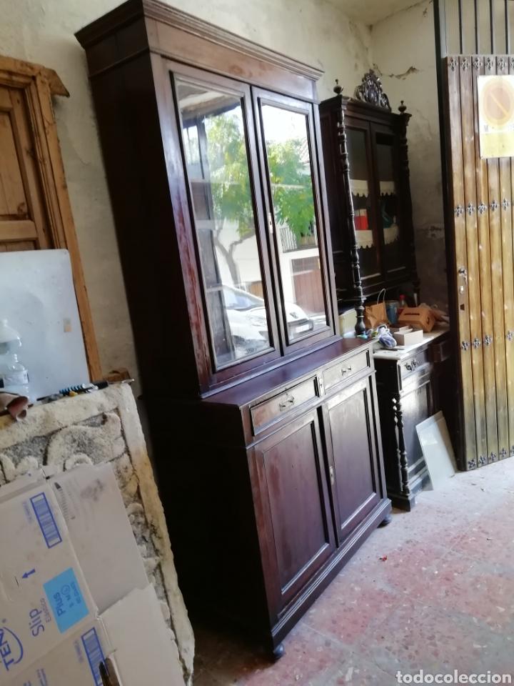 Antigüedades: Mueble vitrina del siglo xix - Foto 12 - 181352273