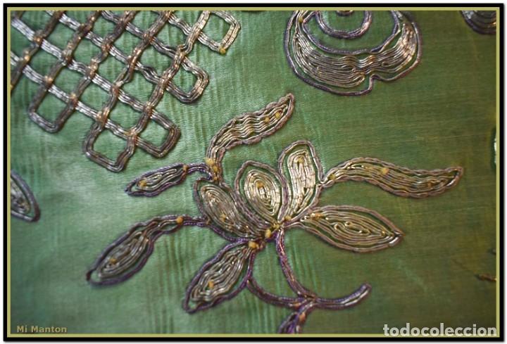 Antigüedades: Manton de manila seda bordada a mano - Foto 13 - 181391977