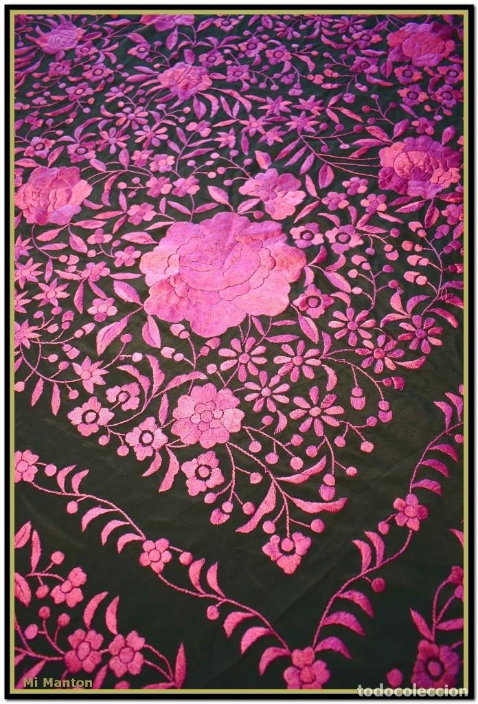 Antigüedades: Mi Mantón. Mantón de Manila, seda bordada a mano negro y rosa fucsia - Foto 5 - 181392522