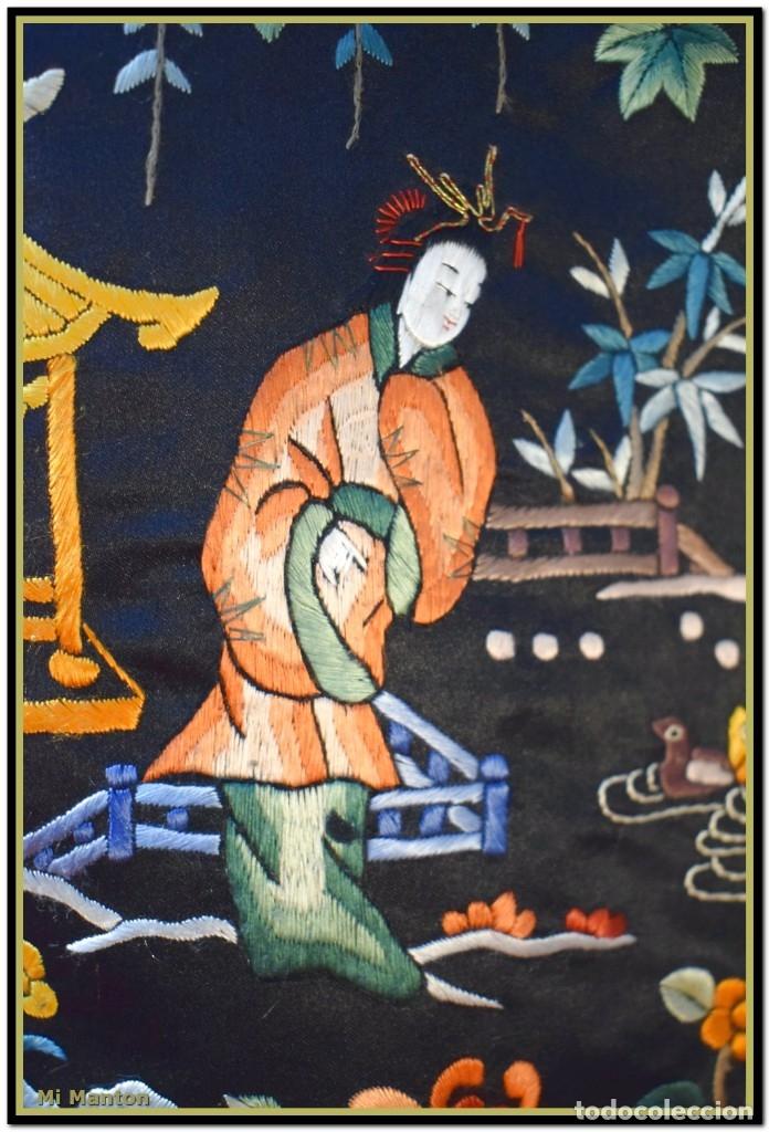 Antigüedades: Mi Manton . Antiguo kimono seda bordado a mano S XiX - Foto 3 - 181396575