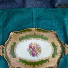 Antigüedades: BANDEJA MADERA TALLADA. Lote 181401883