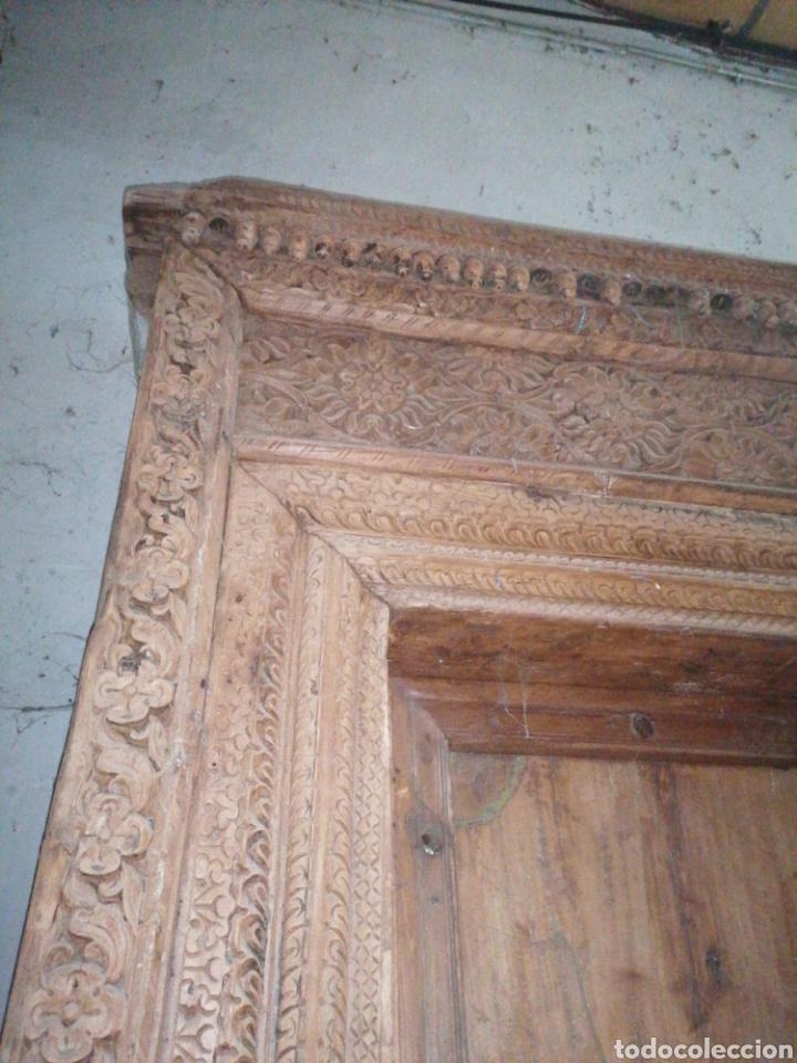 Antigüedades: Puerta India original de teka en buen estado con señales de uso normales - Foto 3 - 181446137