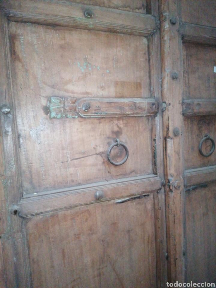 Antigüedades: Puerta India original de teka en buen estado con señales de uso normales - Foto 5 - 181446137