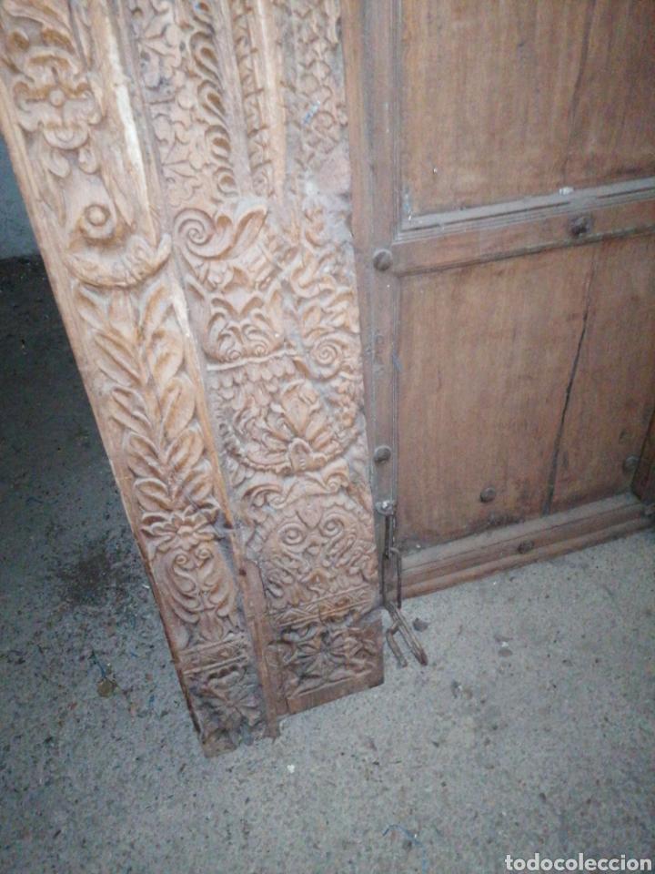 Antigüedades: Puerta India original de teka en buen estado con señales de uso normales - Foto 6 - 181446137