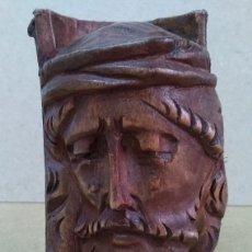 Antigüedades: ANTIGUA TALLA DEL ROSTRO DE CRISTO EN TRONCO DE MADERA BUSTO FIGURA DE ARTESANIA PURA. Lote 181454157