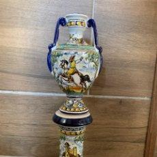 Antigüedades: ÁNFORA Y PEDESTAL MINIATURA CERÁMICA DE TALAVERA. Lote 181483691