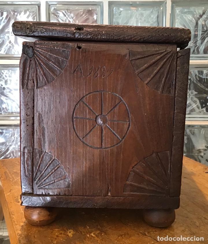 Antigüedades: COFRE DE ROBLE, AÑO 1887 - Foto 4 - 181495603