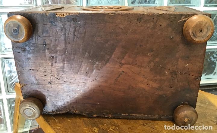 Antigüedades: COFRE DE ROBLE, AÑO 1887 - Foto 5 - 181495603