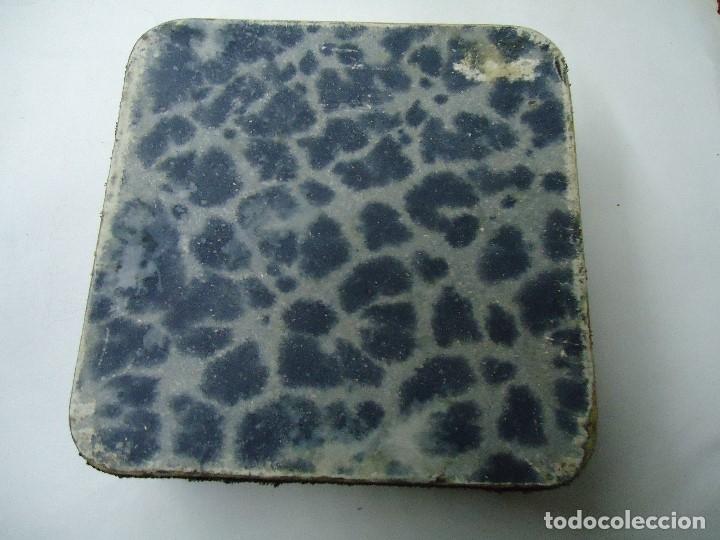 Antigüedades: caja decorada con tapiz años 50 mide 14x14x3,5cm. bien conservada preciosa curiosidad ver fotos - Foto 7 - 181498638