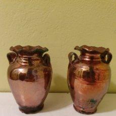 Antigüedades: ANTIGUA PAREJA DE JARRONES DE REFLEJOS. Lote 181510427