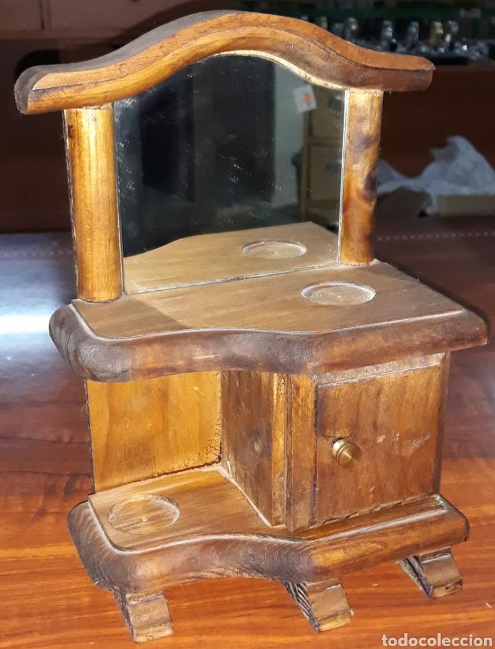 MUEBLE TOCADOR ARTESANAL A ESCALA (Antigüedades - Muebles Antiguos - Consolas Antiguas)