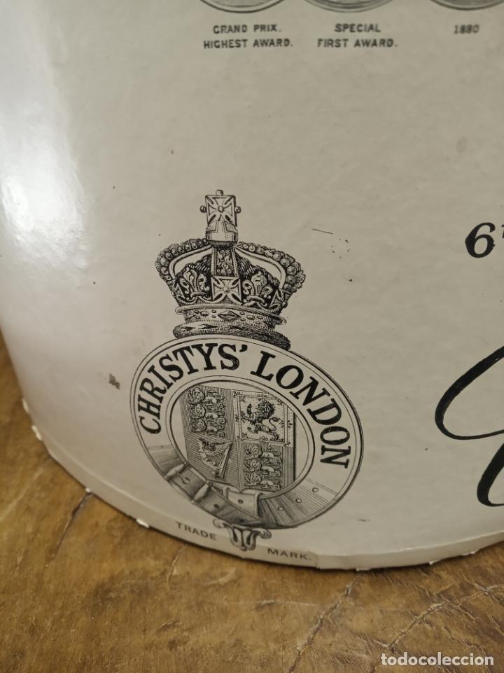 Antigüedades: Bonita e interesante caja de sombrero de copa de la prestigiosa casa inglesa Christys London. - Foto 3 - 181512987