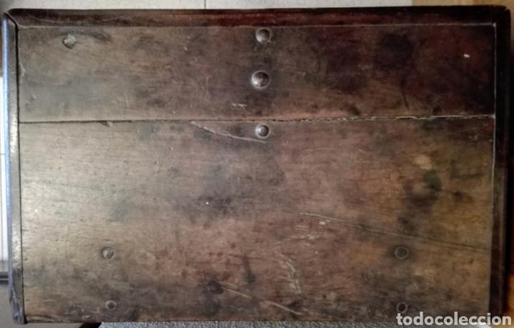 Antigüedades: Bargueño castellano de nogal, hacia 1700. - Foto 5 - 181521940