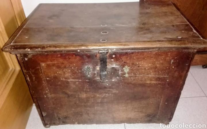 Antigüedades: Bargueño castellano de nogal, hacia 1700. - Foto 4 - 181521940