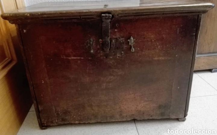Antigüedades: Bargueño castellano de nogal, hacia 1700. - Foto 2 - 181521940