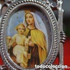 Antigüedades: ANTIGUO PORTAFOTOS DE LA VIRGEN DEL CARMEN Y CON JESUS. Lote 181523315