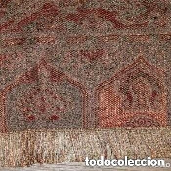 Antigüedades: FULAR CON HILO DORADO Y PLATEADO,PROCEDENCIA DE LA INDIA - Foto 2 - 181534082