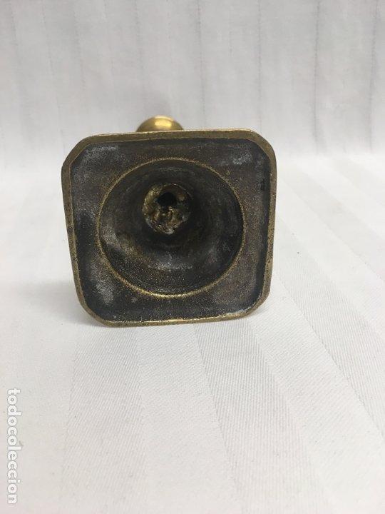 Antigüedades: Candelero bronce XIX - Foto 4 - 181541243