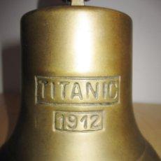 Antigüedades: GRAN CAMPANA BRONCE 20 CM INSCRIPCIÓN TITANIC 1912. Lote 181550460