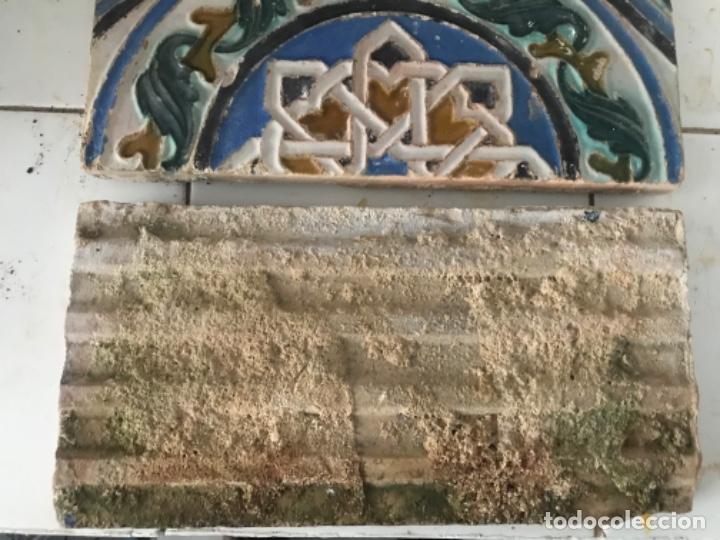 Antigüedades: Pareja de azulejos de triana - Foto 3 - 181567062