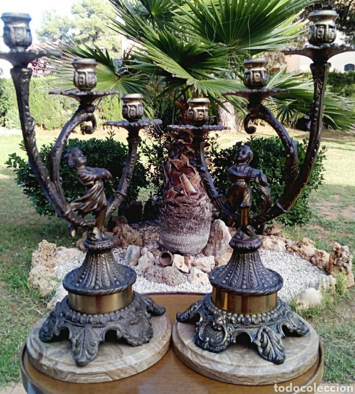 CANDELABROS VICTORIANOS - BRONCE DORADO - BASE DE MARMOL ITALIANO ,- DETALLES DORADOS (Antigüedades - Iluminación - Candelabros Antiguos)