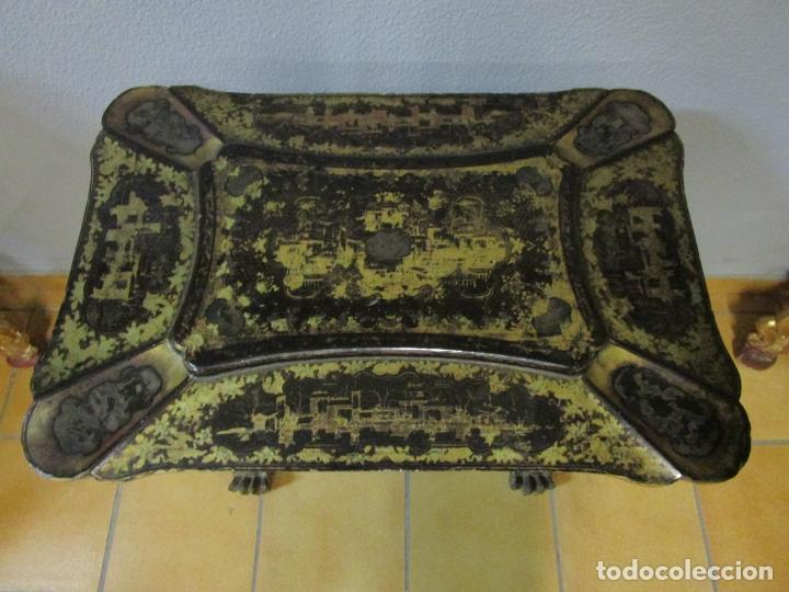 Antigüedades: Precioso Costurero - Madera Lacada y Dorada con Chinoiseries - Interior en Marfil y Espejo -S. XVIII - Foto 14 - 181594771