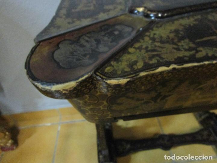 Antigüedades: Precioso Costurero - Madera Lacada y Dorada con Chinoiseries - Interior en Marfil y Espejo -S. XVIII - Foto 15 - 181594771