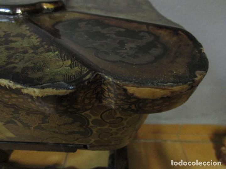 Antigüedades: Precioso Costurero - Madera Lacada y Dorada con Chinoiseries - Interior en Marfil y Espejo -S. XVIII - Foto 16 - 181594771