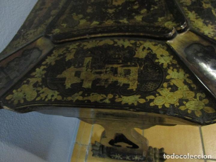 Antigüedades: Precioso Costurero - Madera Lacada y Dorada con Chinoiseries - Interior en Marfil y Espejo -S. XVIII - Foto 18 - 181594771