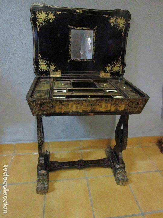 Antigüedades: Precioso Costurero - Madera Lacada y Dorada con Chinoiseries - Interior en Marfil y Espejo -S. XVIII - Foto 21 - 181594771