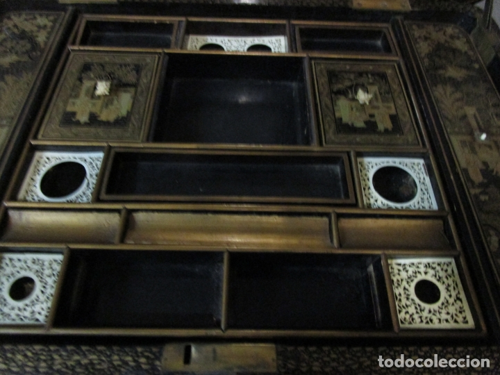 Antigüedades: Precioso Costurero - Madera Lacada y Dorada con Chinoiseries - Interior en Marfil y Espejo -S. XVIII - Foto 23 - 181594771