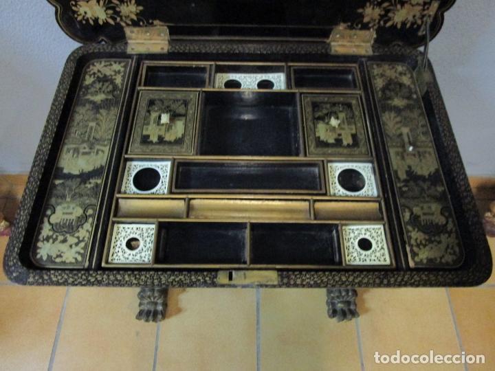 Antigüedades: Precioso Costurero - Madera Lacada y Dorada con Chinoiseries - Interior en Marfil y Espejo -S. XVIII - Foto 31 - 181594771