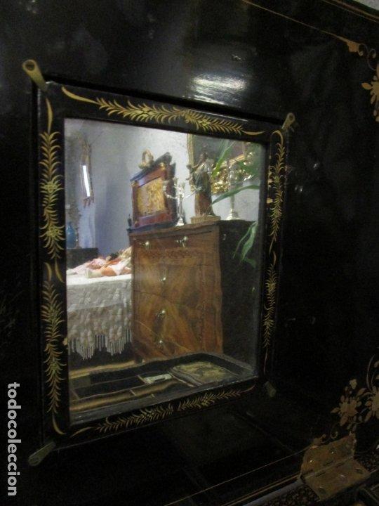 Antigüedades: Precioso Costurero - Madera Lacada y Dorada con Chinoiseries - Interior en Marfil y Espejo -S. XVIII - Foto 34 - 181594771